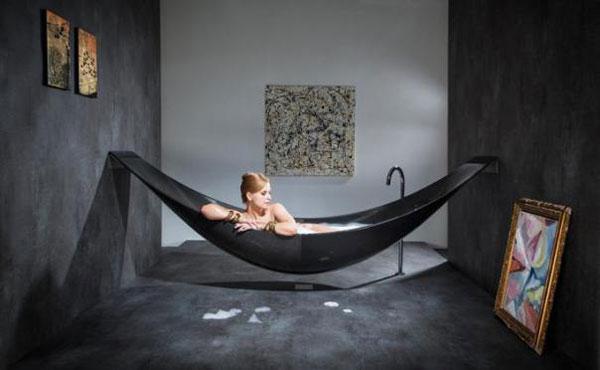The vessel la vasca a forma di amaca ceramiche bagno - Fare il bagno in inglese ...